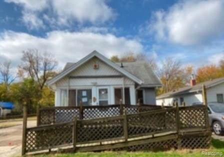 831 Pensacola Ave, Pontiac, MI 48340 (MLS #R219115705) :: Berkshire Hathaway HomeServices Snyder & Company, Realtors®