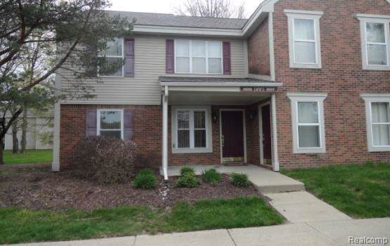 1656 Emerson Cir, Rochester Hills, MI 48307 (MLS #R219115998) :: Berkshire Hathaway HomeServices Snyder & Company, Realtors®