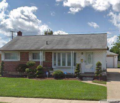 4936 Julius Blvd, Westland, MI 48186 (MLS #R219117829) :: Berkshire Hathaway HomeServices Snyder & Company, Realtors®
