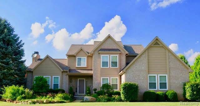 12629 Cedar View Ln, South Lyon, MI 48178 (MLS #R2200001233) :: Berkshire Hathaway HomeServices Snyder & Company, Realtors®
