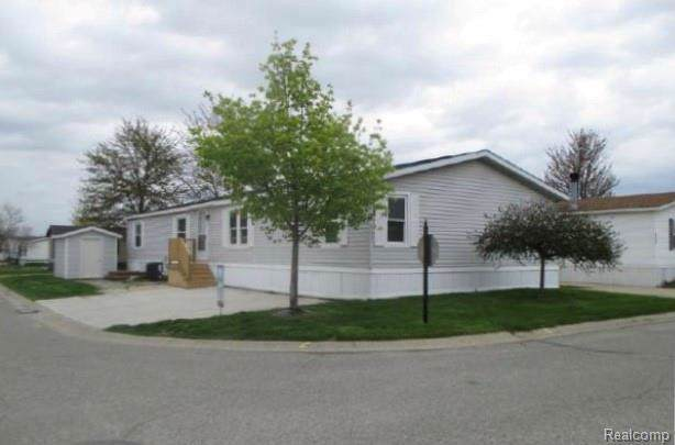 32561 Barbara, New Haven, MI 48048 (MLS #R2200004047) :: Berkshire Hathaway HomeServices Snyder & Company, Realtors®