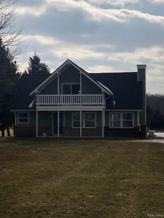 5380 Hunters Creek Rd, Imlay City, MI 48444 (MLS #R2200008704) :: Berkshire Hathaway HomeServices Snyder & Company, Realtors®