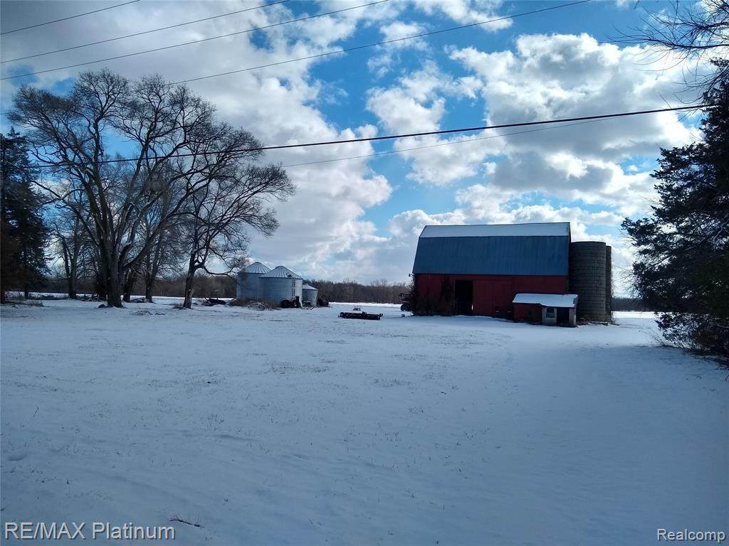 10606 Willow Rd - Photo 1