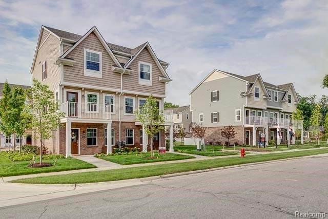 540 N Parkdale Ln N, Ferndale, MI 48220 (MLS #R2200051632) :: Berkshire Hathaway HomeServices Snyder & Company, Realtors®