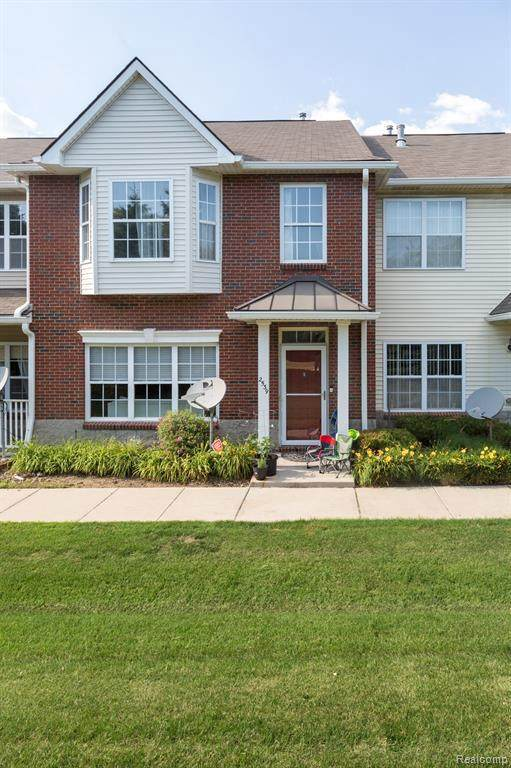 2539 Mystic Forest Dr, Sterling Heights, MI 48310 (MLS #R2200051684) :: Berkshire Hathaway HomeServices Snyder & Company, Realtors®