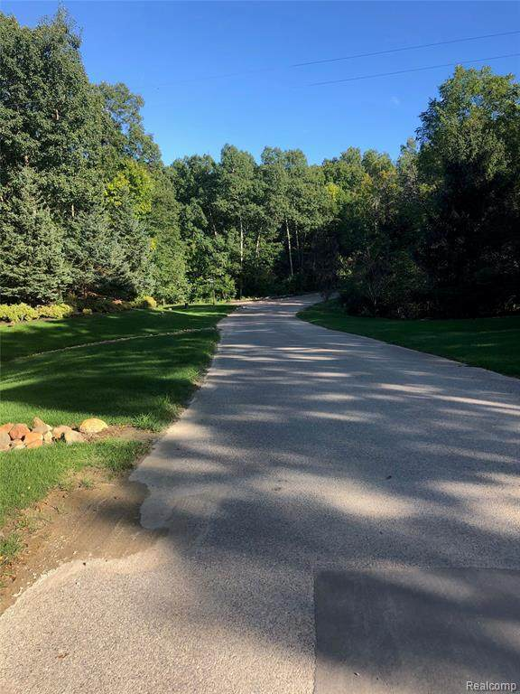 1 Medford Hill - Photo 1
