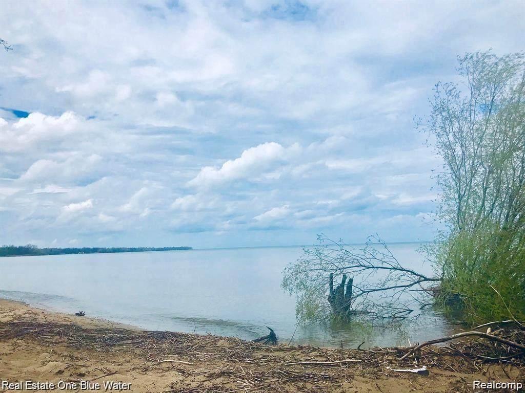 0 Lakeshore - Photo 1