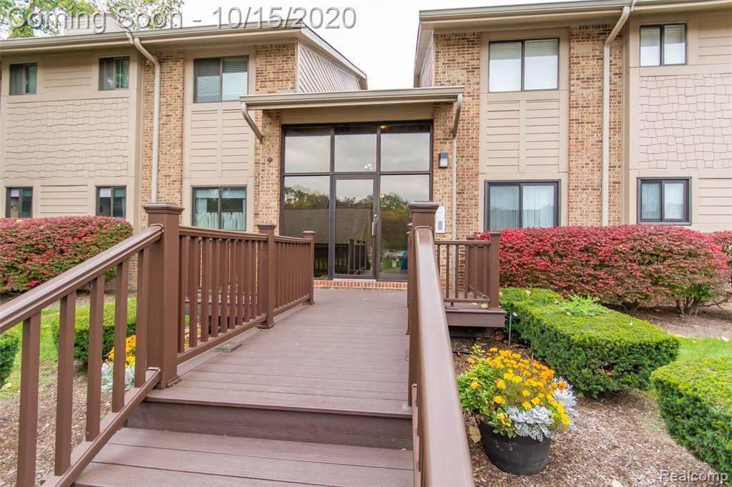 11723 Sycamore Dr - Photo 1