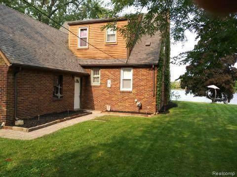 4075 Mitchell Dr, Flint, MI 48506 (MLS #R2200087889) :: Berkshire Hathaway HomeServices Snyder & Company, Realtors®
