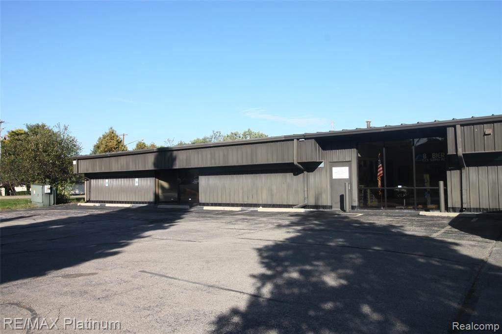 4163 Corunna Road - Photo 1