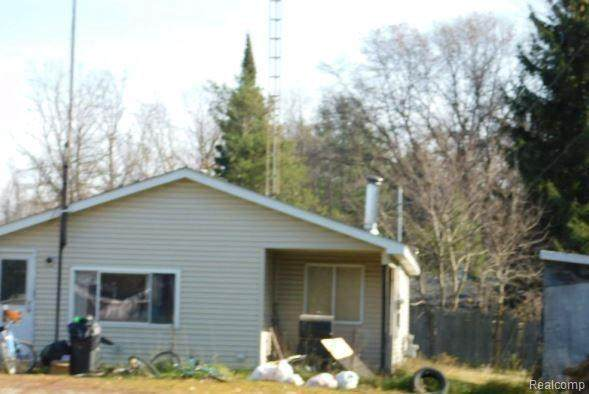 4230 Filter Rd - Photo 1