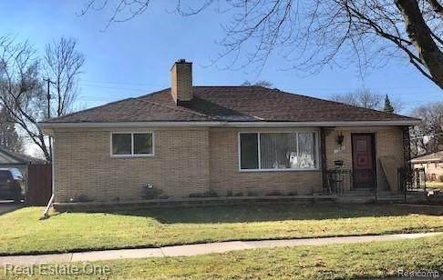 17006 Veronica Ave, Eastpointe, MI 48021 (MLS #R2200100628) :: Berkshire Hathaway HomeServices Snyder & Company, Realtors®