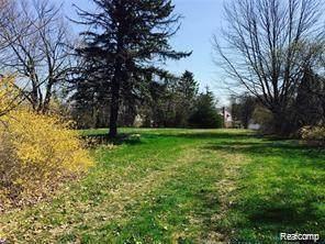 28660 Farmington Road - Photo 1