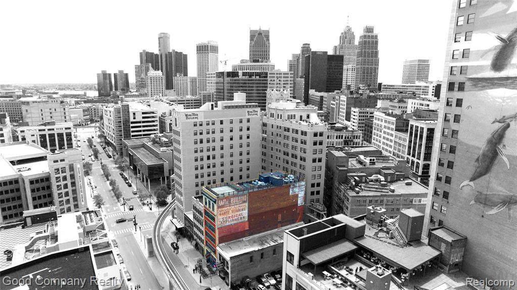1529 Broadway Street - Photo 1