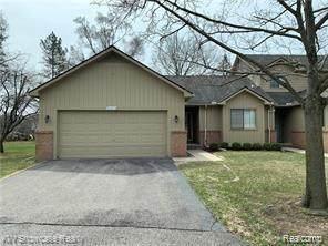 31411 Merriwood Park Dr Drive, Livonia, MI 48152 (MLS #R2210013377) :: Berkshire Hathaway HomeServices Snyder & Company, Realtors®