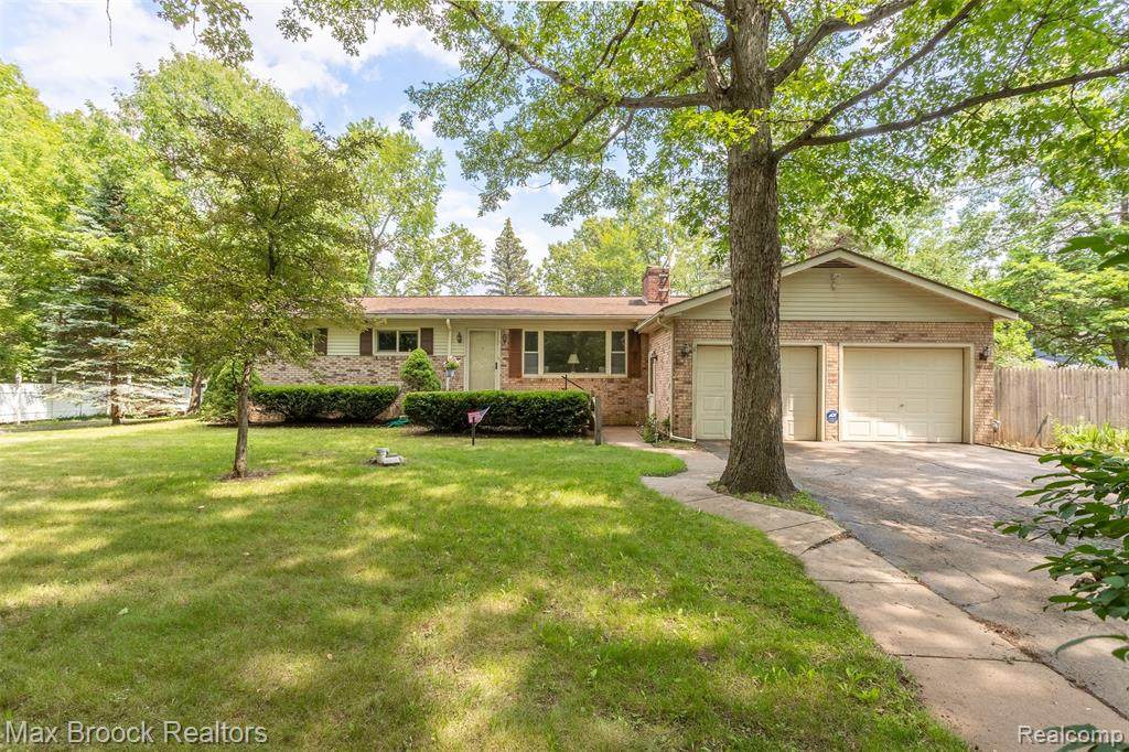 7208 Old Pond Drive - Photo 1