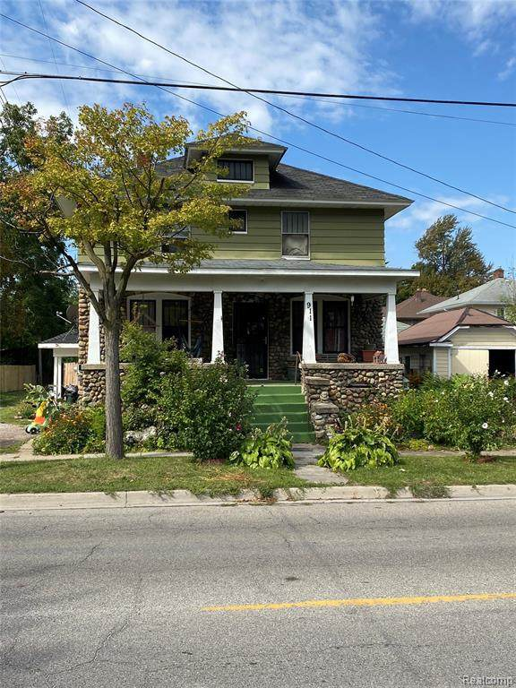 911 13th Street, Port Huron, MI 48060 (MLS #R2210076541) :: Berkshire Hathaway HomeServices Snyder & Company, Realtors®