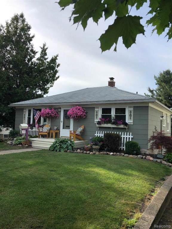 340 W 5th St, Imlay City, MI 48444 (MLS #R2200004577) :: Berkshire Hathaway HomeServices Snyder & Company, Realtors®