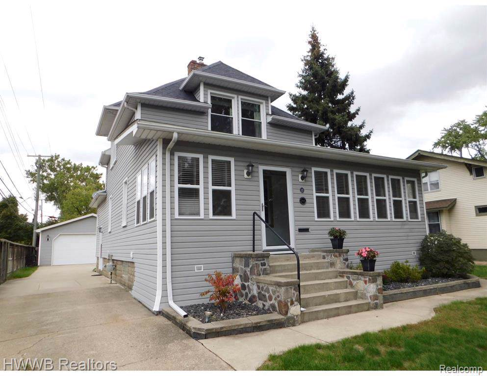 121 Forest Ave Ave - Photo 1