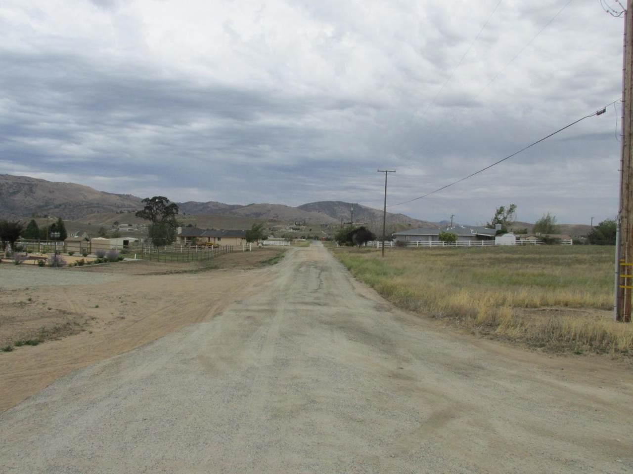 Oak Knoll Drive - Photo 1
