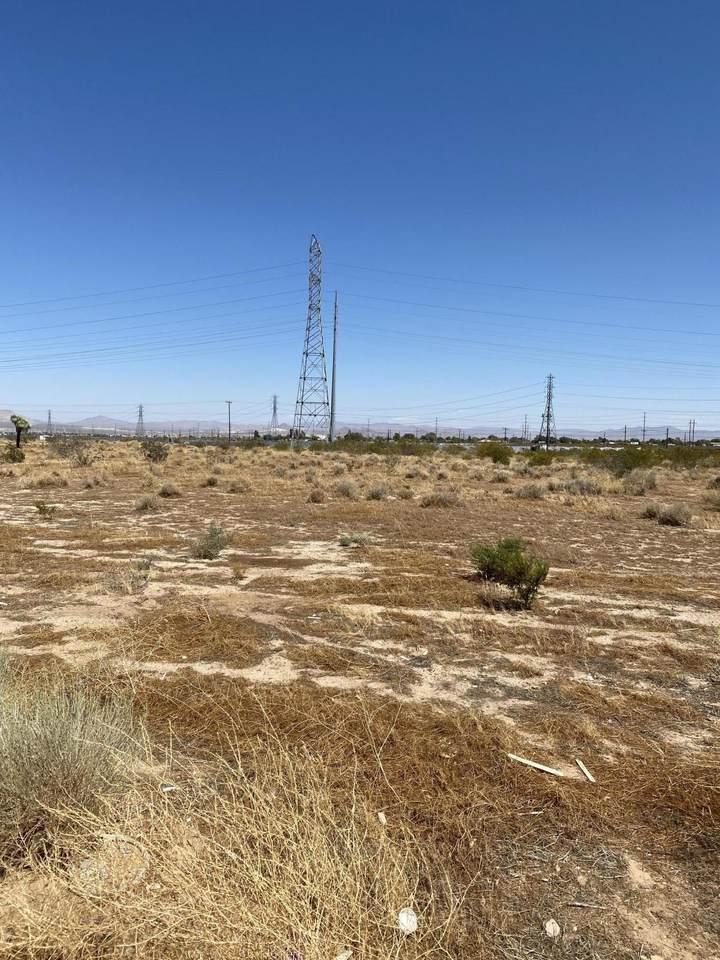 Mesa Linda Avenue - Photo 1