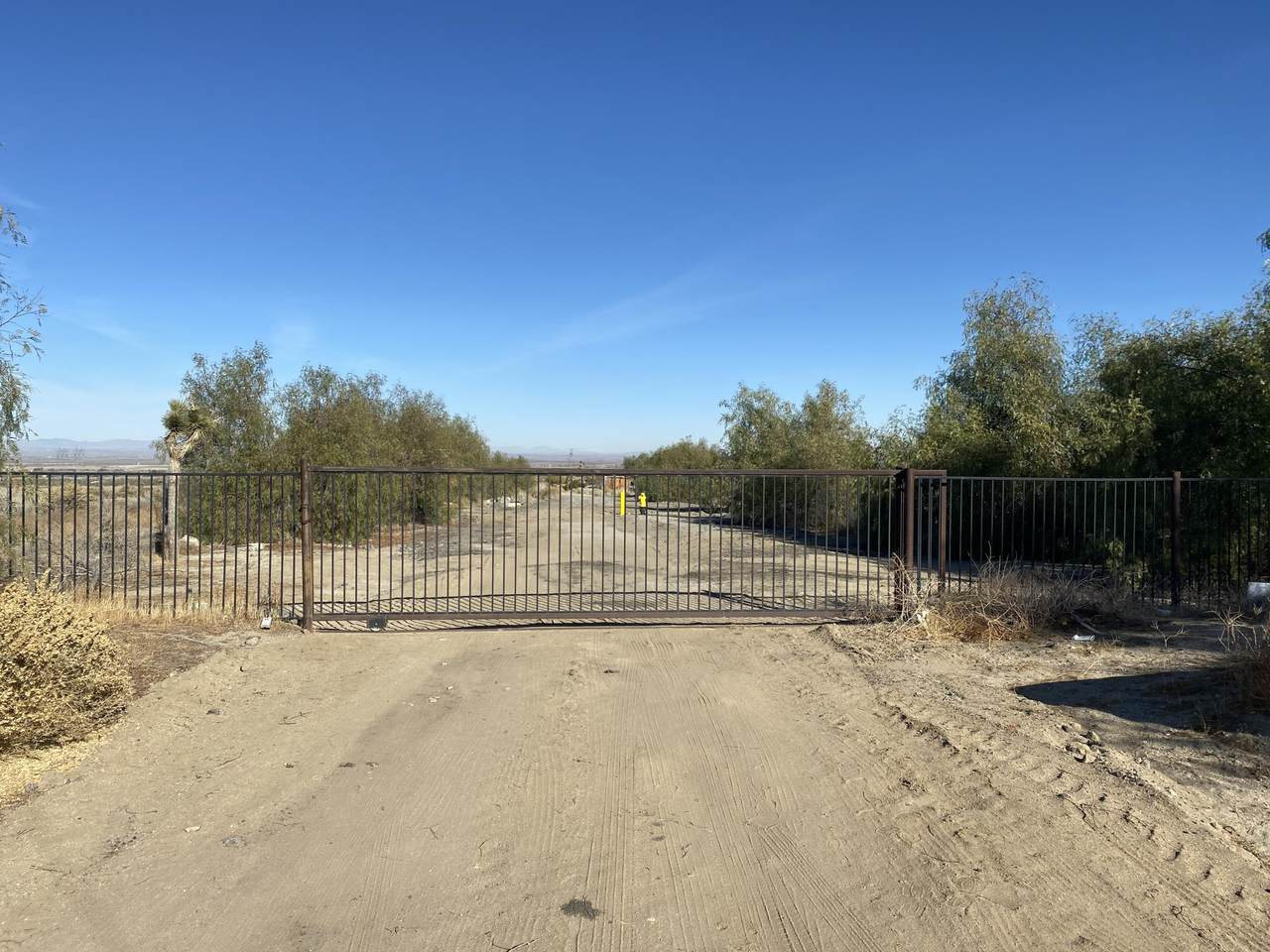 0 Fort Tejon And 94th St E - Photo 1