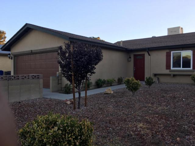 43340 Echard Avenue, Lancaster, CA 93536 (#17010986) :: The Real Estate Offices of Talbot and Watson