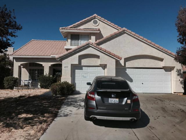 2891 Chuckwagon Road, Palmdale, CA 93550 (#18000617) :: The Real Estate Offices of Talbot and Watson