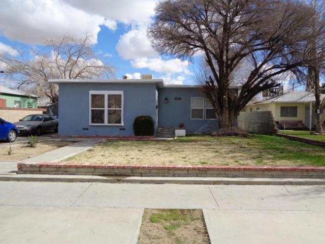 44514 Date Avenue, Lancaster, CA 93534 (#18002013) :: The Real Estate Offices of Talbot and Watson