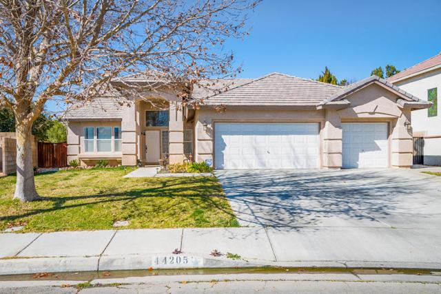 44205 Westridge Drive, Lancaster, CA 93536 (#18002048) :: The Real Estate Offices of Talbot and Watson