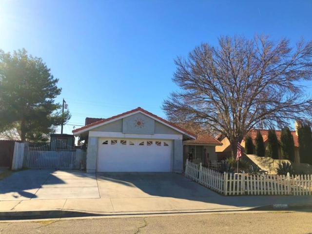45423 Thornwood Avenue, Lancaster, CA 93534 (#18002049) :: The Real Estate Offices of Talbot and Watson
