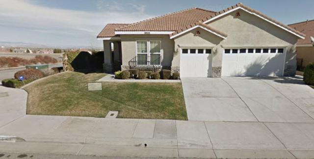 3825 Sungate Drive, Palmdale, CA 93551 (#18002935) :: The Real Estate Offices of Talbot and Watson