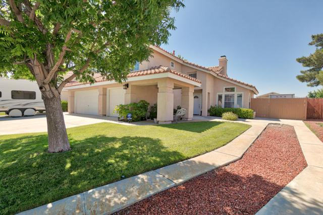 6024 Catalina Lane, Palmdale, CA 93552 (#18006347) :: The Real Estate Offices of Talbot and Watson