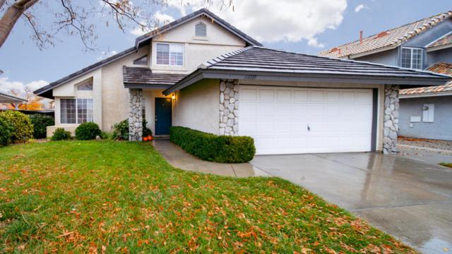 44010 Bogard Court, Lancaster, CA 93536 (#18012827) :: The Real Estate Offices of Talbot and Watson