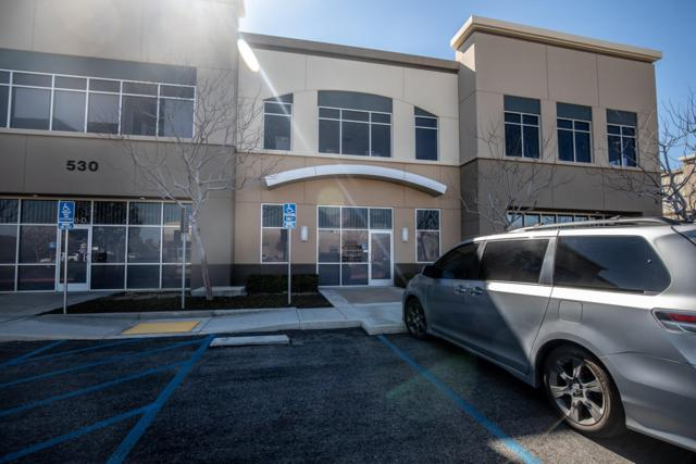 530 Commerce Avenue E, Palmdale, CA 93551 (#19002092) :: The Real Estate Offices of Talbot and Watson