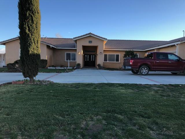 7458 Elder Avenue, Rosamond, CA 93560 (#19002947) :: The Real Estate Offices of Talbot and Watson