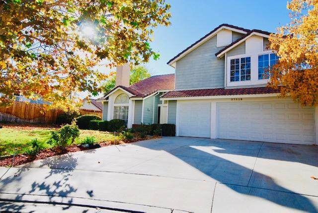 37519 Brighton Court, Palmdale, CA 93550 (#20009522) :: HomeBased Realty