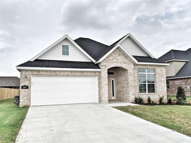 2017 W W Gilligan  Ave, Rogers, AR 72758 (MLS #1075114) :: McNaughton Real Estate