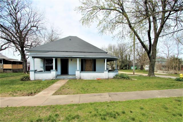 707 E Delaware, Siloam Springs, AR 72761 (MLS #10002588) :: McNaughton Real Estate