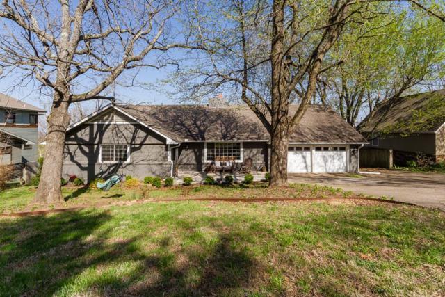 1308 E Shadowridge, Fayetteville, AR 72701 (MLS #10002614) :: McNaughton Real Estate
