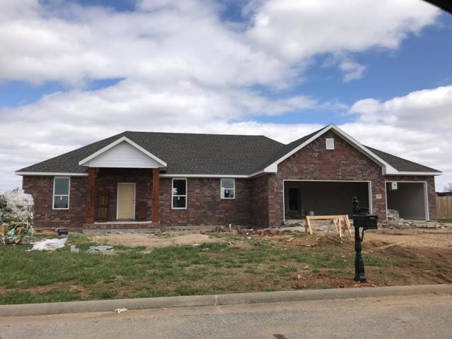 18428 Astor Drive, Fayetteville, AR 72704 (MLS #10002736) :: McNaughton Real Estate