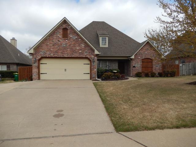 210 Chantilly Avenue, Springdale, AR 72764 (MLS #10002753) :: McNaughton Real Estate