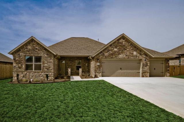 902 Sedgwick, Prairie Grove, AR 72753 (MLS #10002808) :: McNaughton Real Estate