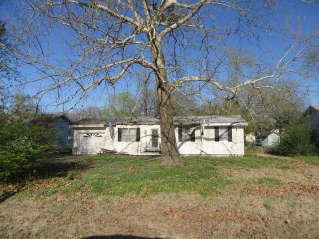 320 N Giles, Gentry, AR 72734 (MLS #10003046) :: McNaughton Real Estate
