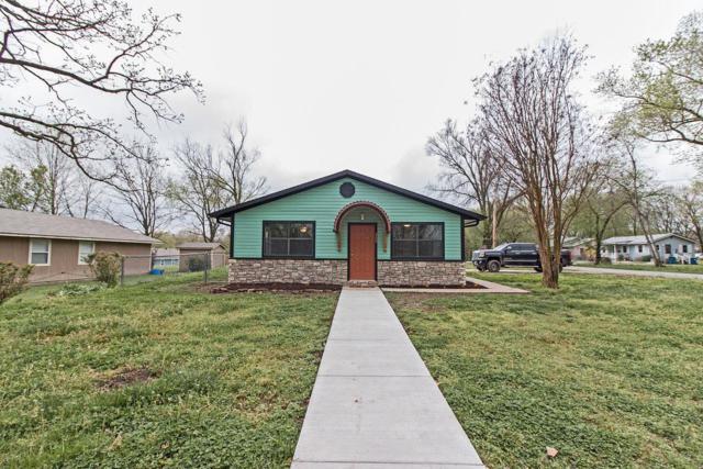 202 NE Lake Street, Bentonville, AR 72712 (MLS #10003729) :: McNaughton Real Estate