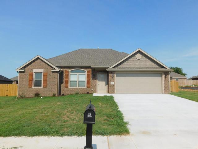 631 Sundowner Ranch Ave, Prairie Grove, AR 72753 (MLS #10007282) :: McNaughton Real Estate