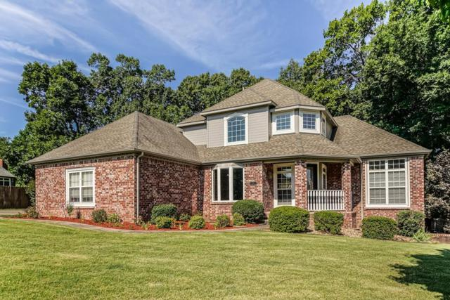 13 Stonehenge Drive, Bentonville, AR 72712 (MLS #10007378) :: McNaughton Real Estate
