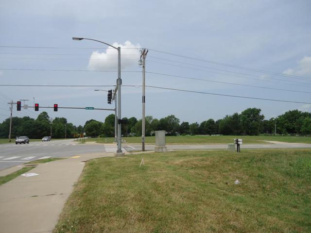 5222 Elm Springs Rd., Springdale, AR 72762 (MLS #10007427) :: McNaughton Real Estate