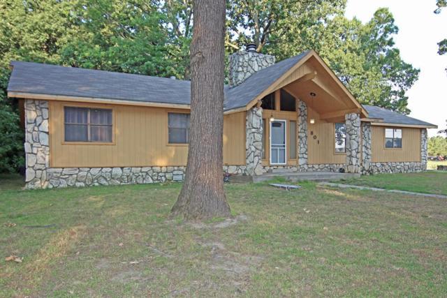 801 N 42nd, Rogers, AR 72756 (MLS #10007442) :: McNaughton Real Estate