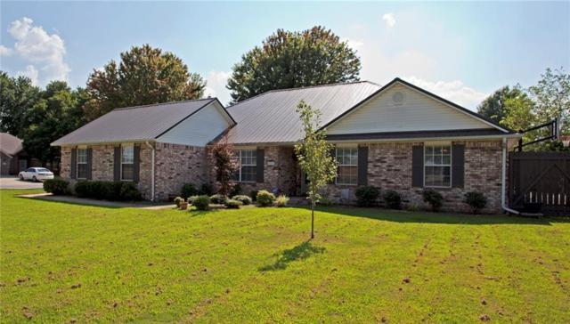 801 Pinoak  St, Centerton, AR 72719 (MLS #1052848) :: McNaughton Real Estate